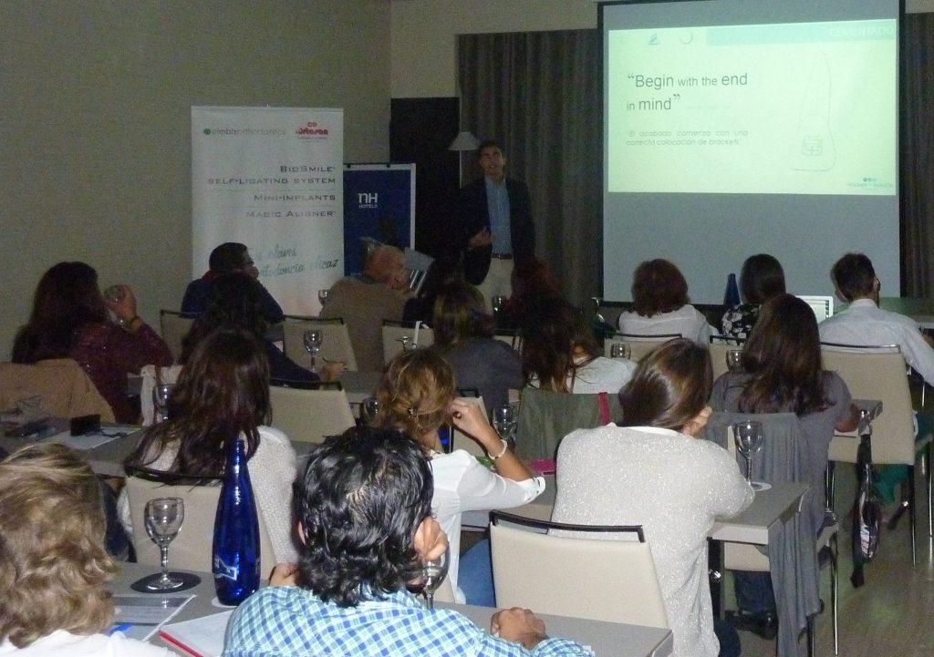 Brackets de autoligado: seminario impartido por el Dr. Aragón